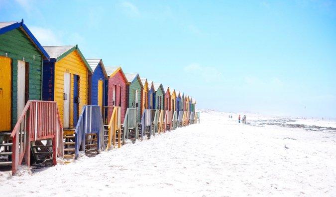 Famosa playa de Muizenberg en Sudáfrica
