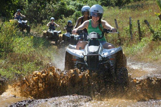 ATV Off-Road Adventure en Jamaica en Sandi Bai