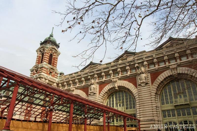 Visita la Estatua de la Libertad y Ellis Island