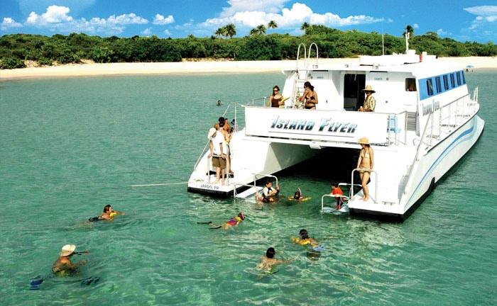 Excursión de todo el día a las Islas Catamarán