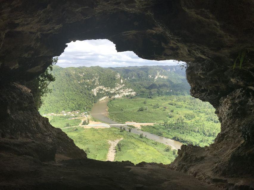 Half Cave Adventure