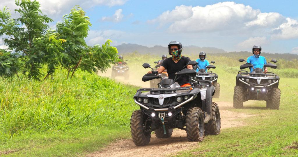Aventura de ATV en un rancho en Campo Rico