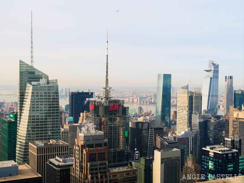 Times Square y el partido de Hudson Yards & # 39; en la roca