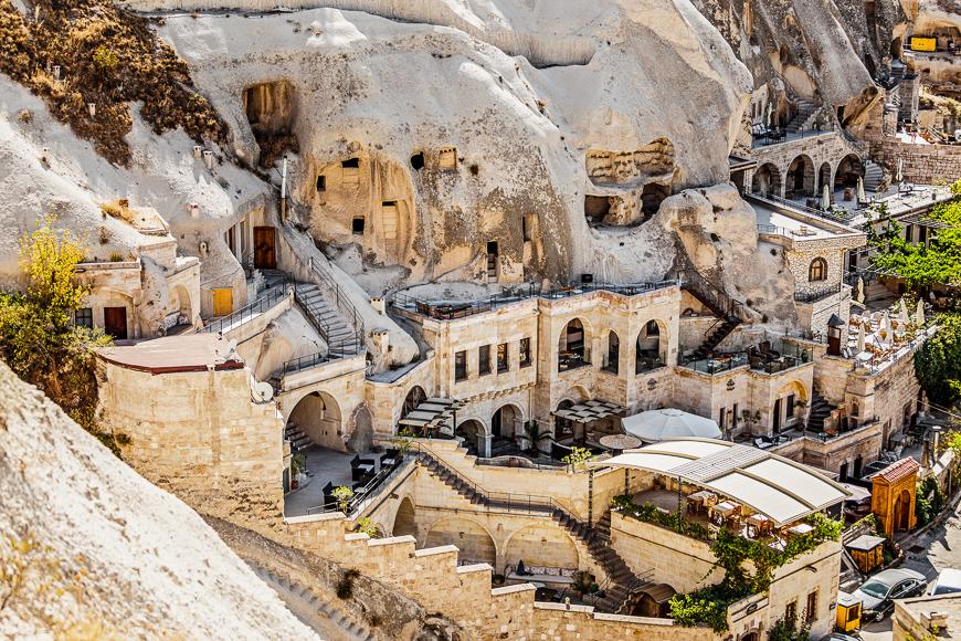 Hoteles en Capadocia, tallados en piedra, estilo cueva