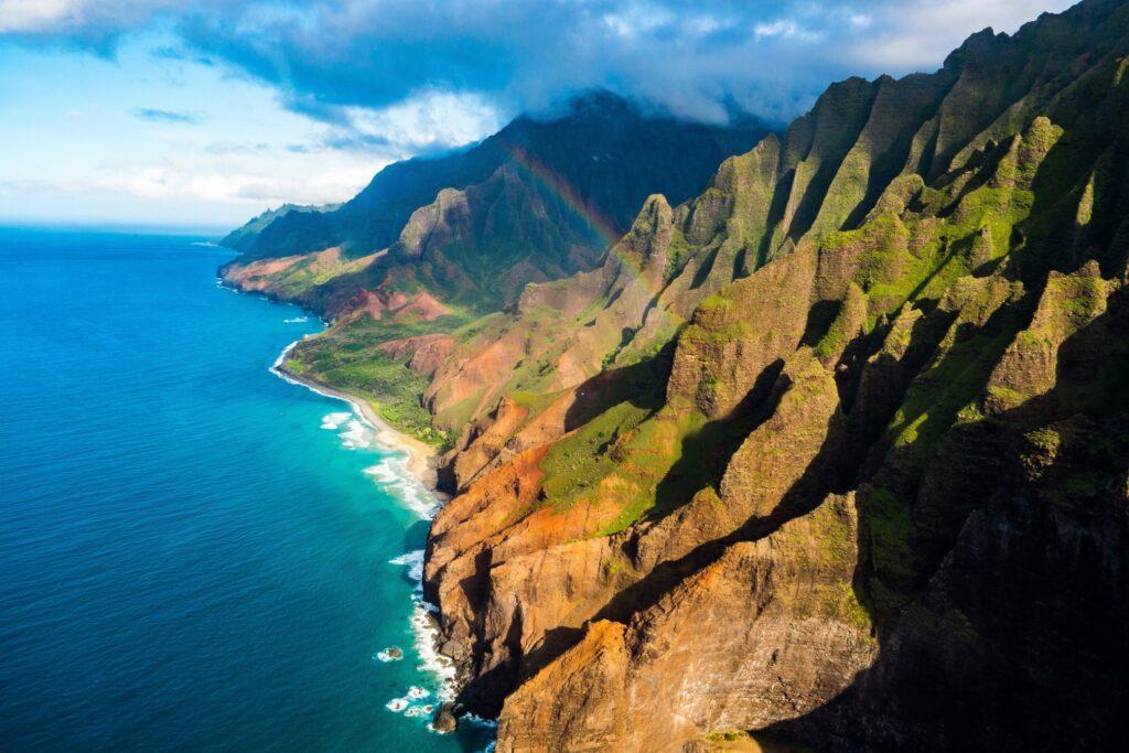 en la costa caída de Hawái