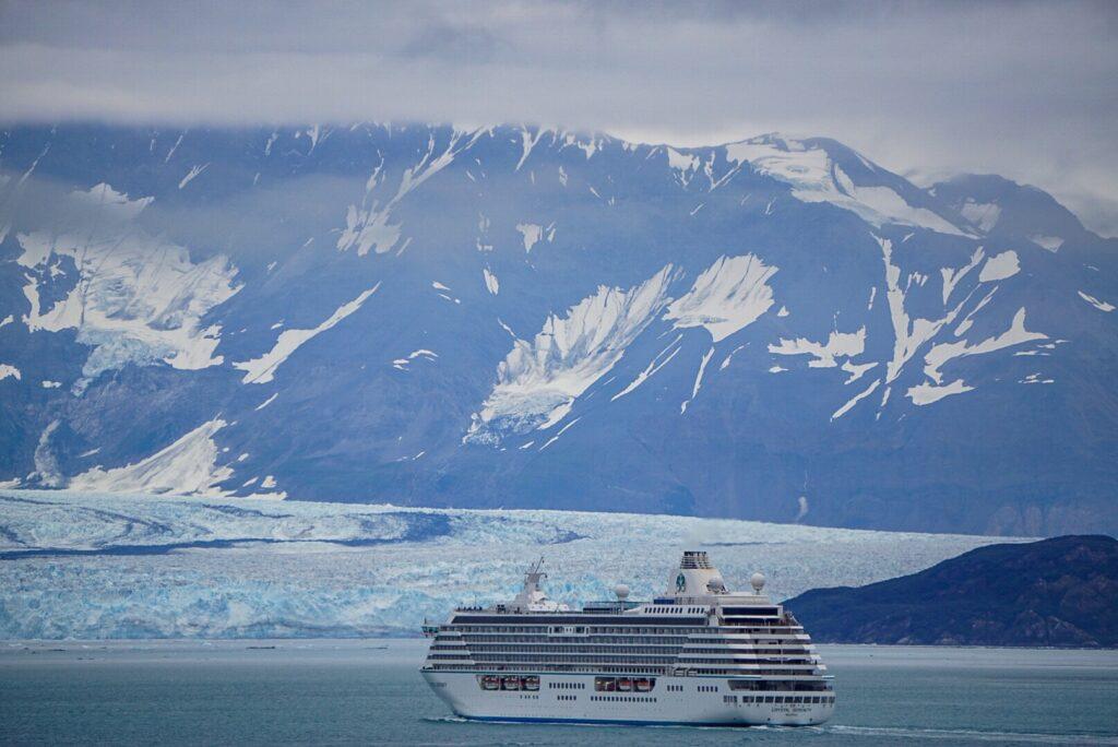 Alaska Iceberg con un crucero